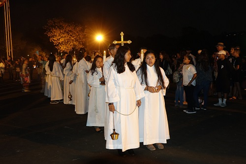 Adults, Youth and Children! Altar Servers Wanted! Is God calling you to serve?